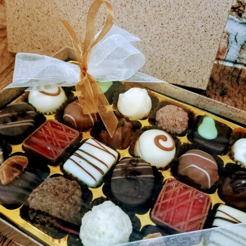 24 Chocolate Cocoa Shell Box