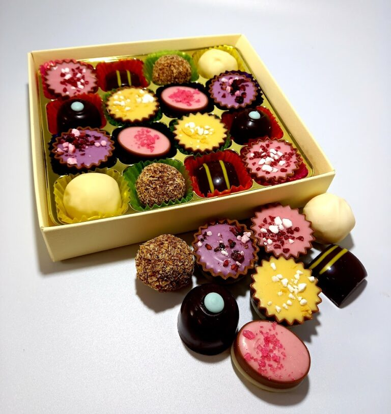 'Summer' collection chocolate box