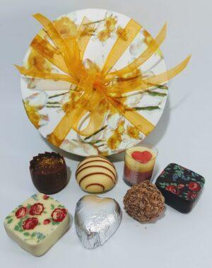 Narcissi chocolate box