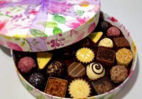 Vibrant floral 30 chocolate box