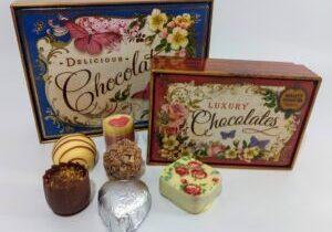 Nostalgia Tin with chocolates